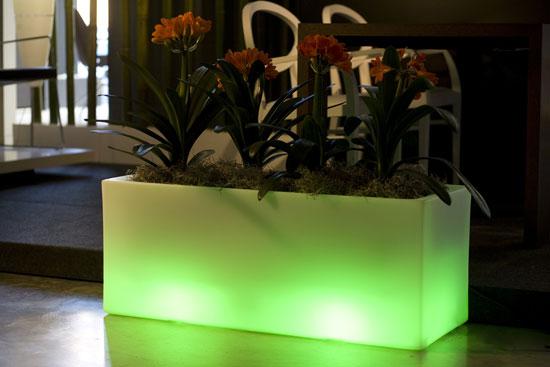 Outdoor Garden Pots With Built In Lighting Llum By
