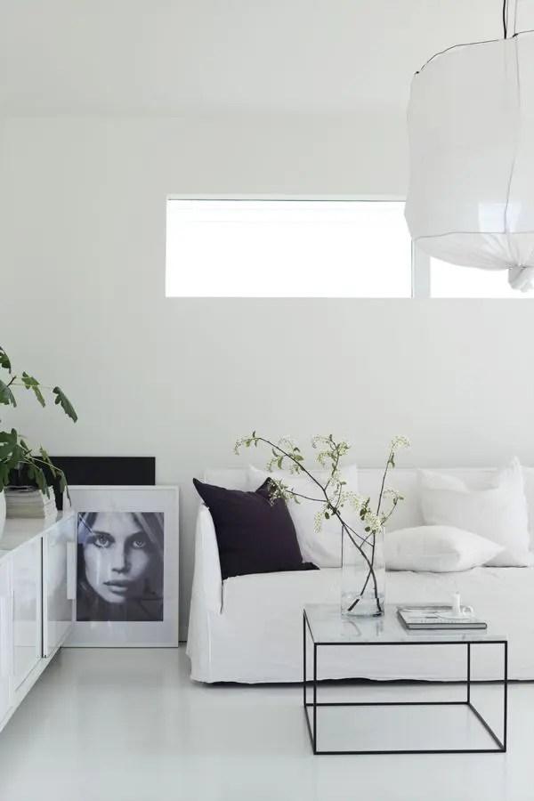 30 Adorable Minimalist Living Room Designs DigsDigs