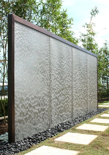 49 Amazing Outdoor Water Walls For Your Backyard - DigsDigs on Backyard Feature Walls  id=29578