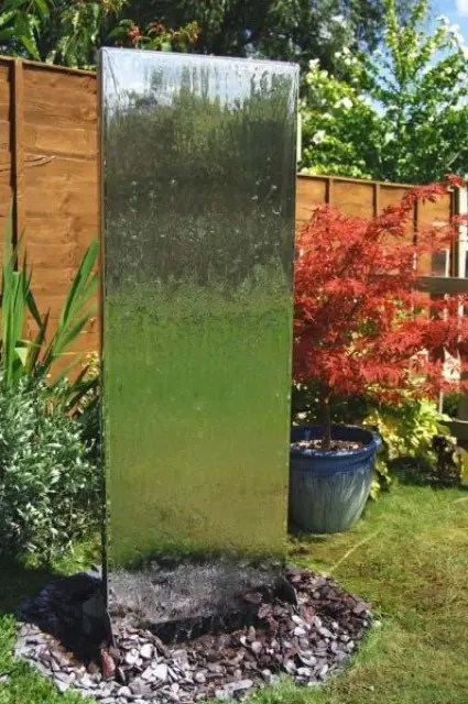 49 Amazing Outdoor Water Walls For Your Backyard - DigsDigs on Backyard Feature Walls  id=18331