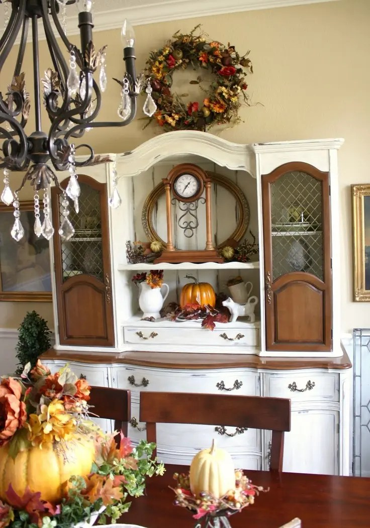 """30 Beautiful And Cozy Fall Dining Room Décor Ideas 
