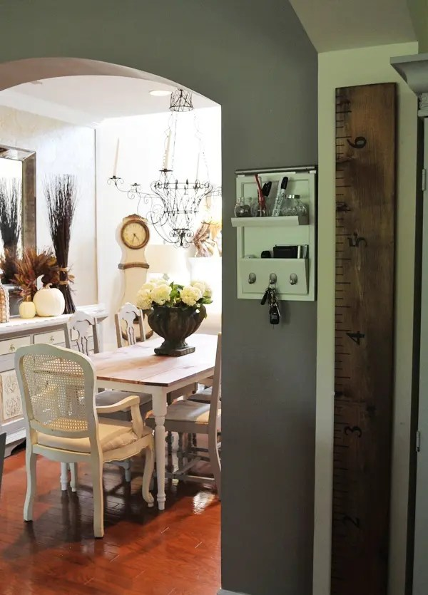 30 Beautiful And Cozy Fall Dining Room Décor Ideas | DigsDigs on Photo Room Decor  id=15143