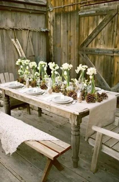 18 Beautiful Outdoor Christmas Table Settings - DigsDigs on Backyard Table Decor id=96933