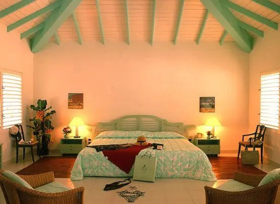If you are looking for inexpensive bedroom decorating ideas, check out these great pieces for under $100. 39 Bright Tropical Bedroom Designs - DigsDigs