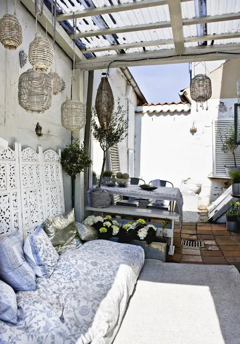 75 Charming Morocco-Style Patio Designs - DigsDigs on Moroccan Backyard Design id=80183
