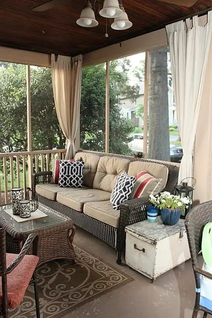 36 comfy and relaxing screened patio