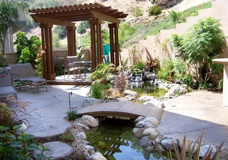 53 Cool Backyard Pond Design Ideas | DigsDigs on Cool Backyard Decorations id=24780