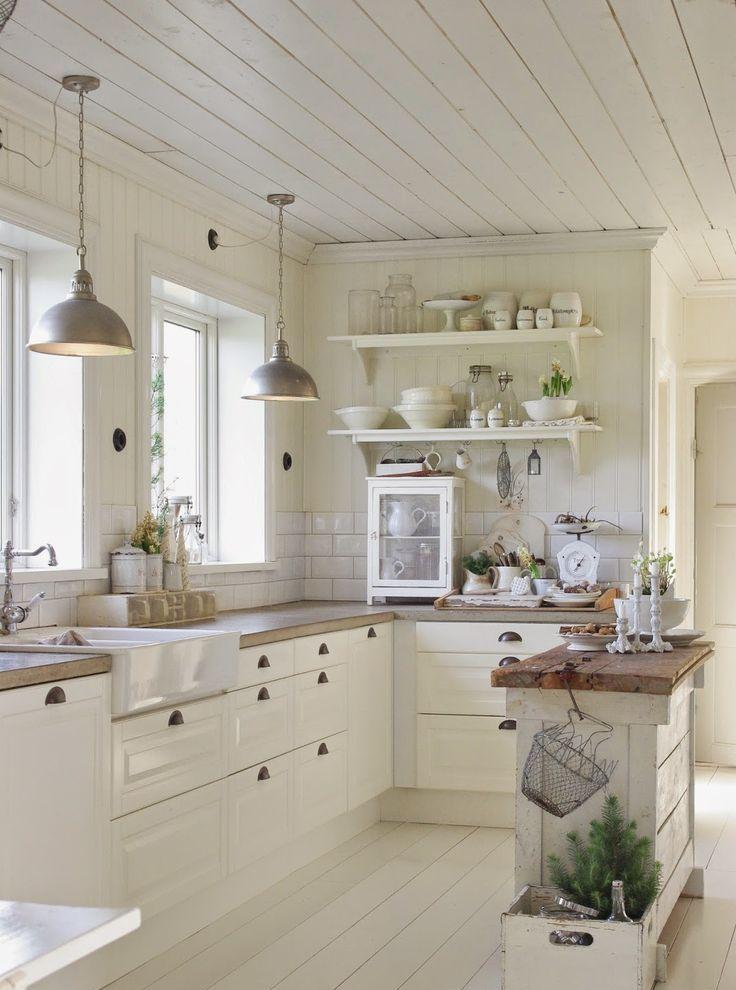 31 Cozy And Chic Farmhouse Kitchen Décor Ideas | DigsDigs on Farmhouse Decorating Ideas  id=56435