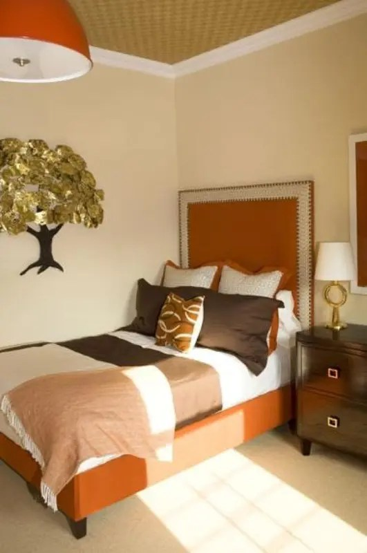 10 ways to make a small bedroom seem bigger. 31 Cozy And Inspiring Bedroom Decorating Ideas In Fall