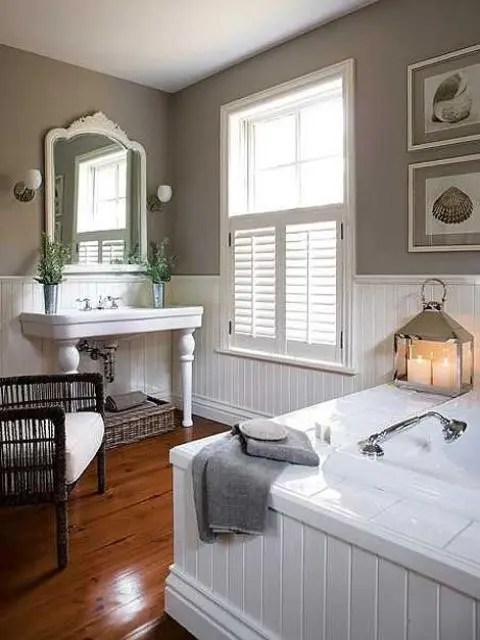32 Cozy And Relaxing Farmhouse Bathroom Designs - DigsDigs on Rustic:s9Dkpzirpk8= Farmhouse Bathroom  id=21543