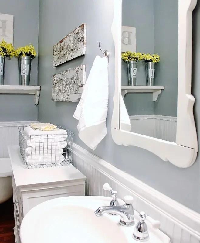 32 Cozy And Relaxing Farmhouse Bathroom Designs | DigsDigs on Farmhouse Bathroom  id=42639