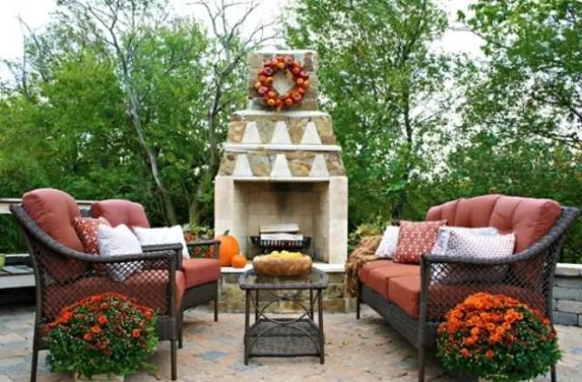 40 Cozy Fall Patio Decorating Ideas | DigsDigs on Cozy Patio Ideas id=63310