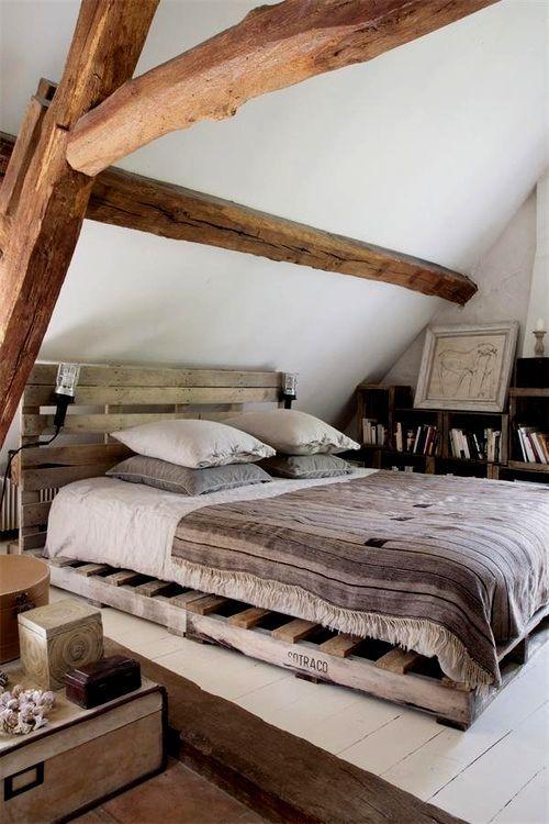 65 Cozy Rustic Bedroom Design Ideas - DigsDigs on Small Room Pallet Bedroom Ideas  id=61895
