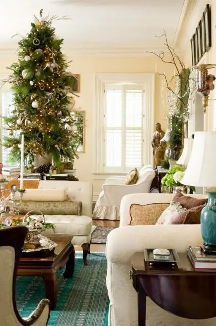 55 Dreamy Christmas Living Room Dcor Ideas DigsDigs
