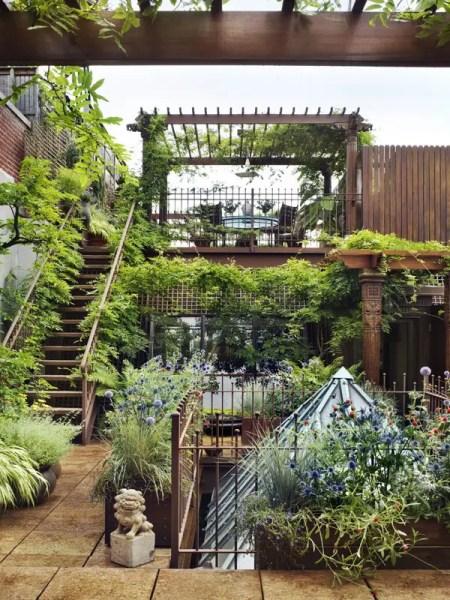 rooftop terrace garden Source : streeteasy