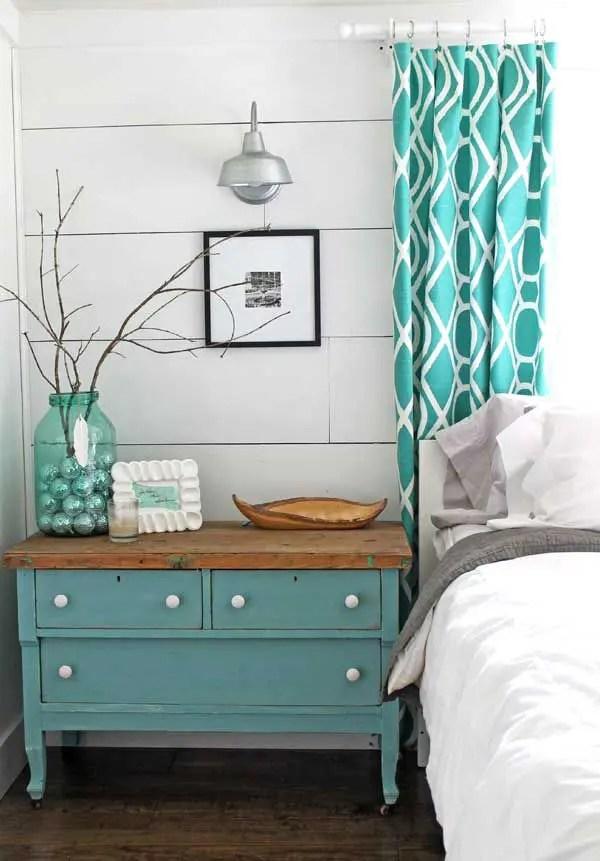 37 Farmhouse Bedroom Design Ideas that Inspire   DigsDigs on Bedroom Farmhouse Decor  id=68947