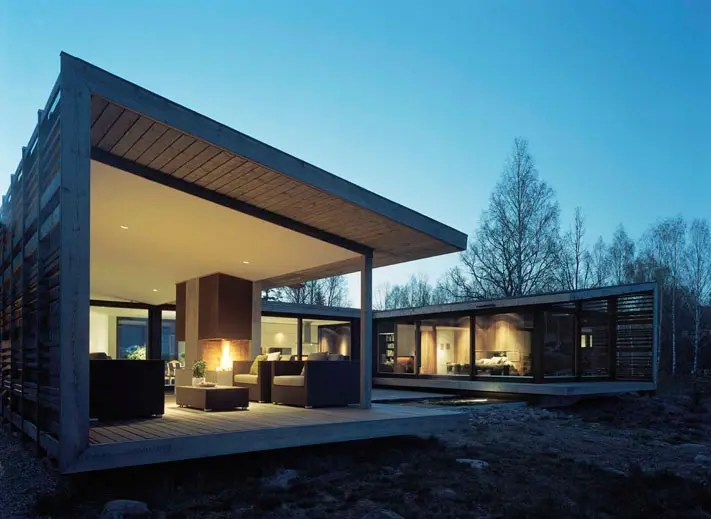 Villa With Ocean View And Bad Weather Conditions H House