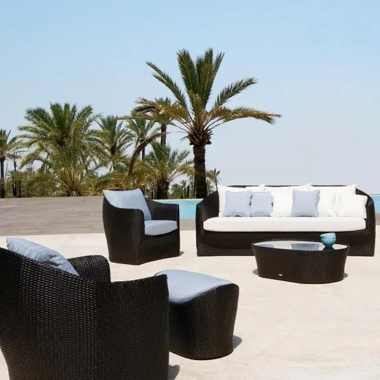 luxury outdoor patio furniture Home Design Interior Monnie: Contemporary Patio