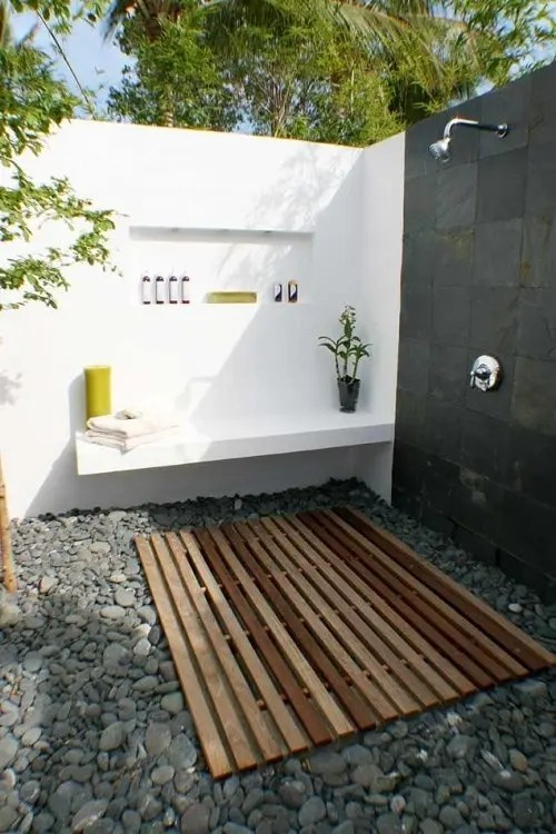45 Outdoor Bathroom Designs That You Gonna Love - DigsDigs on Backyard Bathroom Ideas  id=20303