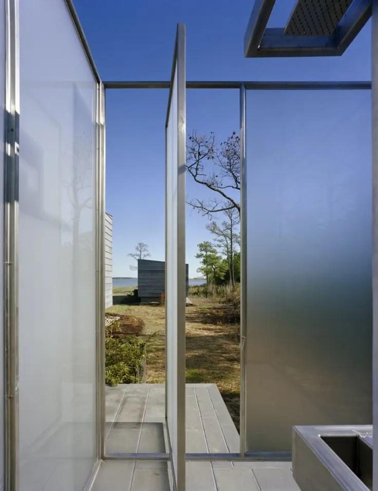 45 Outdoor Bathroom Designs That You Gonna Love | DigsDigs on Backyard Bathroom Ideas  id=13052