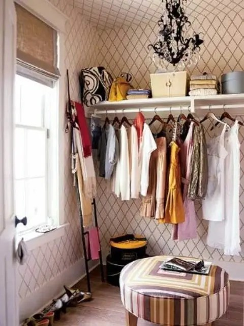 40 Pretty Feminine Walk In Closet Design Ideas Digsdigs