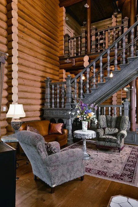 Large Siberian House In Eclectic Style Digsdigs