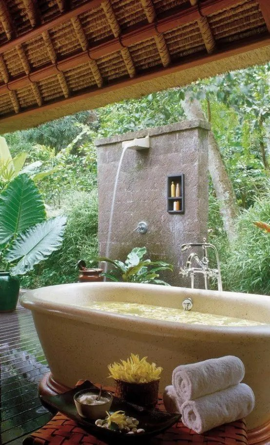 31 Soothing Outdoor Spa Ideas For Your Home Digsdigs