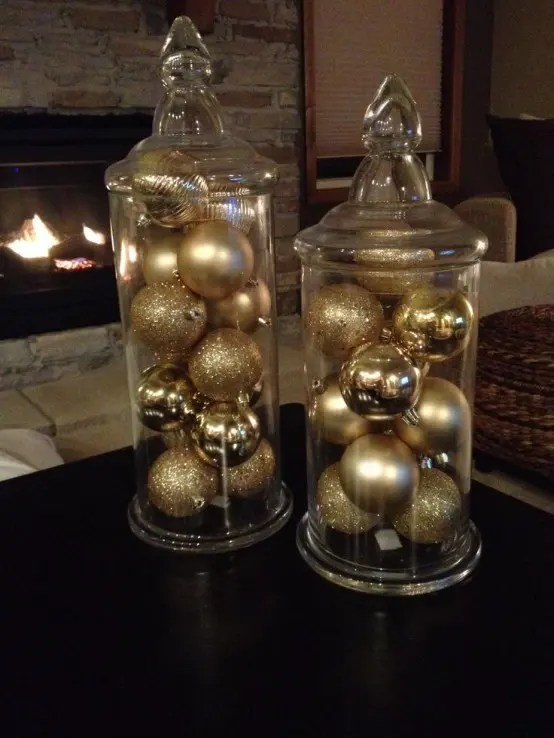 31 Sparkling Gold Christmas Dcor Ideas DigsDigs
