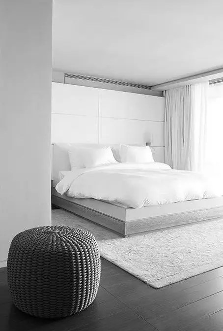 34 Stylishly Minimalist Bedroom Design Ideas - DigsDigs on Bedroom Minimalist Ideas  id=73719