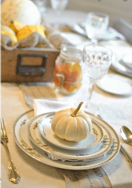 24 Vintage And Shabby Chic Thanksgiving Dcor Ideas DigsDigs