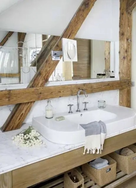 32 Ways To Incorporate Exposed Wooden Beams Into Bathroom