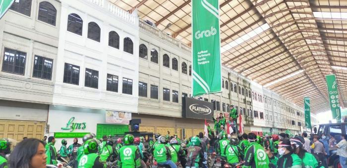 Kecewa dengan Manajemen Gojek, Pengemudi Ojol Datangi DPRD Kota Medan
