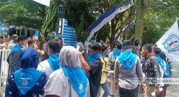 Permades Unjuk Rasa ke DPRD dan Disdik Deli Serdang