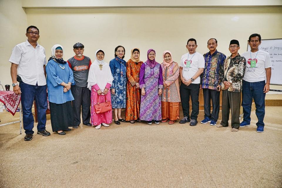 Komjen Listyo Sigit, Sosok Alumni yang Peduli Guru dan Sekolahnya