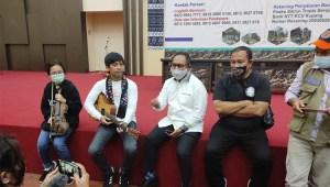 Kepedulian Rian D'Masiv Lewat Lagu 'Jangan Menyerah' bagi Warga Rote Ndao