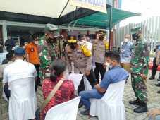 Kapolda Sumut dan Pangdam I/BB Tinjau 500 Buruh di Deli Serdang yang Divaksin