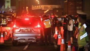 Polisi Putar Balik 1.070 Kendaraan yang Nekat Mudik Keluar Jakarta