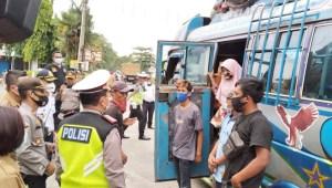 Pemeriksaan Covid-19 di Perbatasan Medan Deliserdang, 1 Penumpang Bus Positif Covid