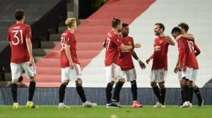 Link Live Streaming Aston Villa vs Manchester United