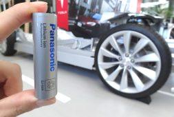 Nyaris Rp 52 Triliun Saham Panasonic di Tesla Dilego
