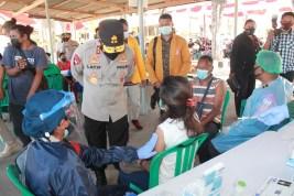 Buka Gerai Vaksin Serentak, Polda NTT Targetkan Vaksin Bagi 1.000 Warga