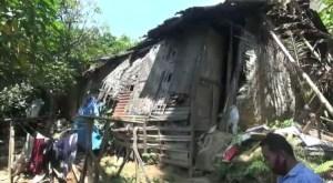 Ironis! 20 Tahun Tinggal di Rumah Tak Layak Huni, Keluarga Ini Tak Pernah Dapat Bantuan