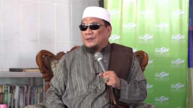 Ditetapkan Tersangka, Ustaz Yahya Waloni Gugat Polri