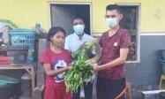 Aksi Polisi di Kupang Ini Patut Ditiru, Tanam Sayur dan Bagikan Gratis ke Tuna Netra