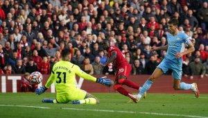 Hasil dan Klasemen Liga Inggris - Duel Liverpool vs City Imbang, Chelsea di Puncak
