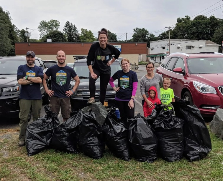 Dig The Falls Team, waterfall trail cleanup