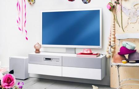 Uppleva : IKEA lance… Une TV, avec son meuble, à moins que ce ne soit un meuble, avec sa TV
