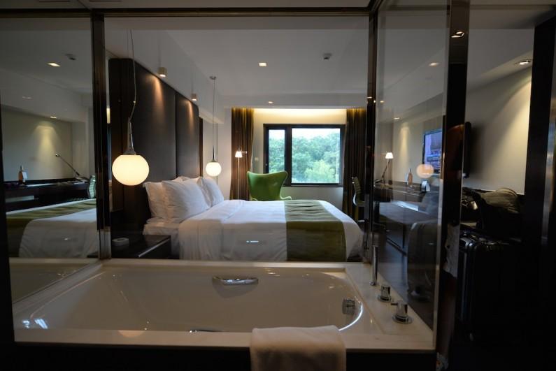 The Mira Hong Kong hotel review