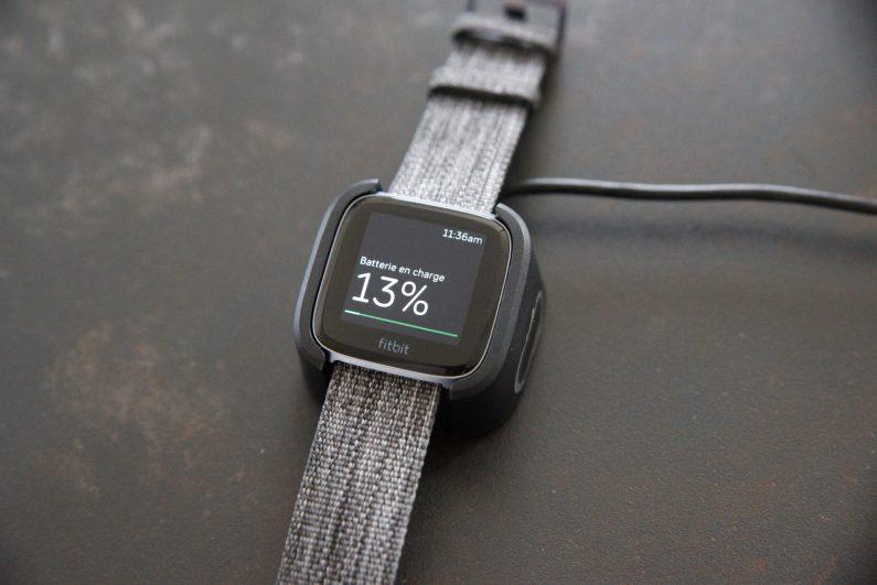 Test montre connectée Fitbit versa whitings steel HR