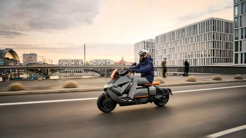BMW Motorrad CE 04 scooter électrique 2022